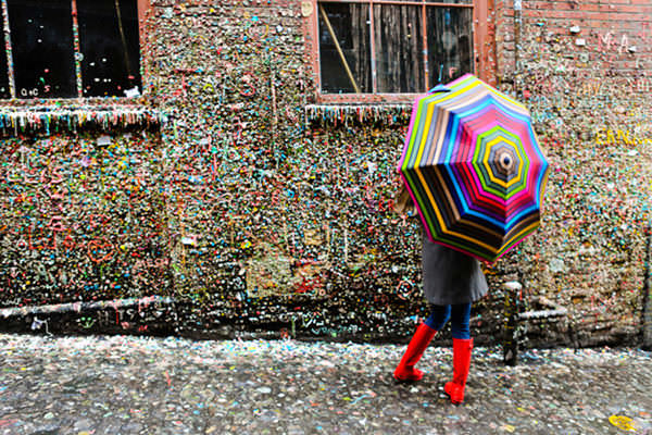 follow-the-colours-seattle-gum-wall-07