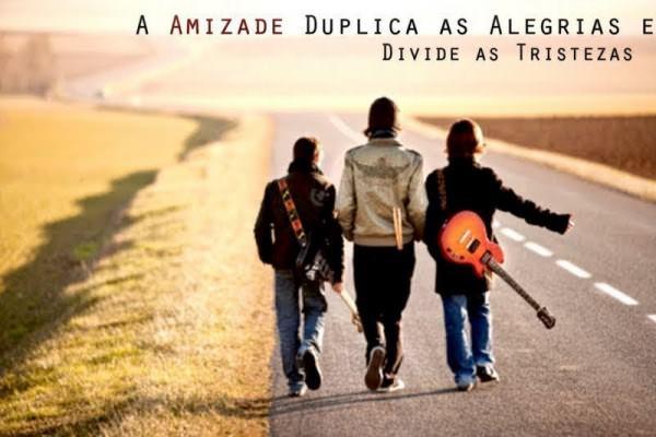 a-amizade-duplica-as-alegrias-e-divide-as