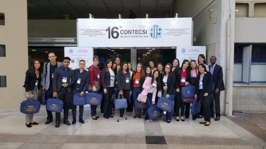 Equipe de professores e alunos do Unasp Ht que participaram do 16º Contecsi