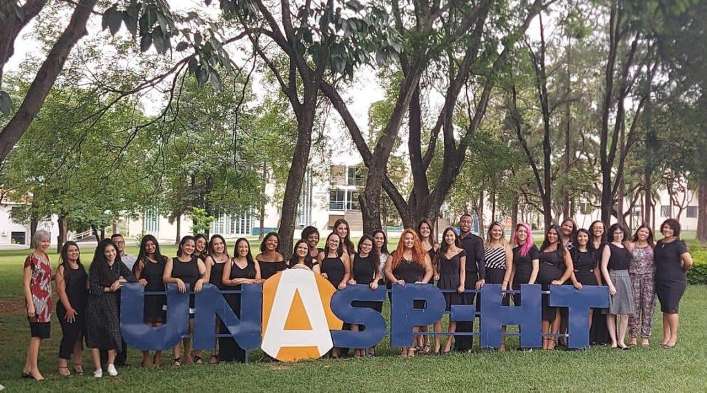 Formandos de 2020 do curso de pedagogia do UNASP Hortolândia.