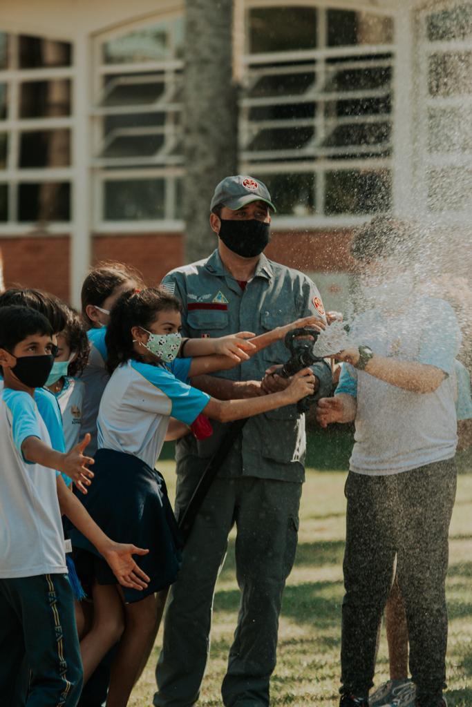 Corpo de Bombeiros instruiu crianças do Colégio UNASP